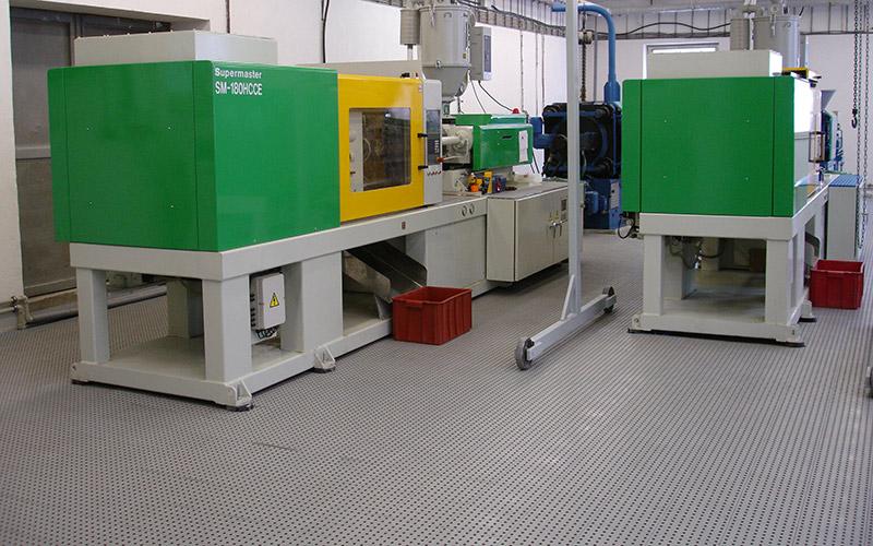 plastic floor industry