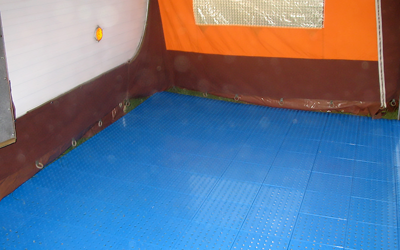 plastic floor camping