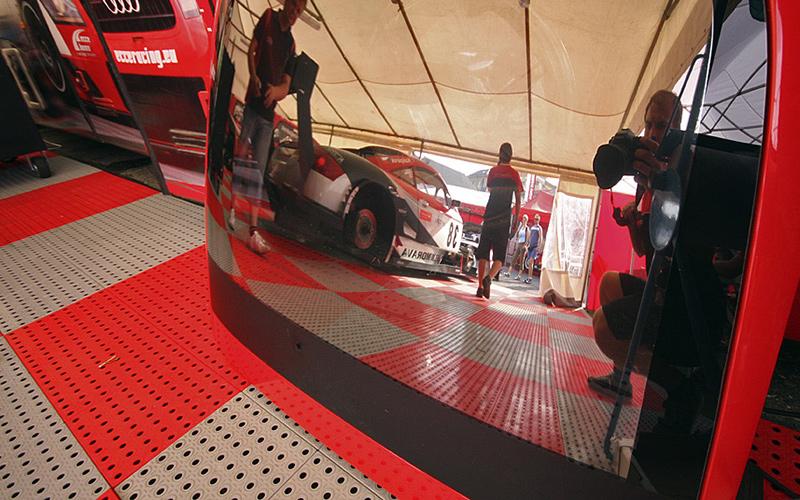 plastic floor motorsport