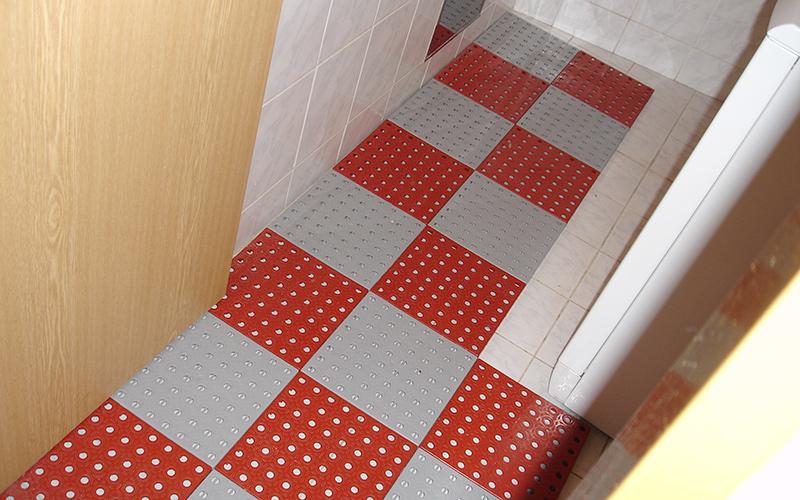 plastic floor shower